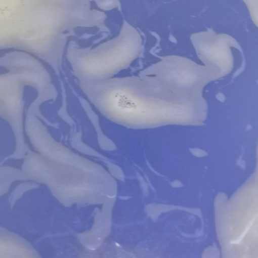 Water colour after Mermaid bath bomb